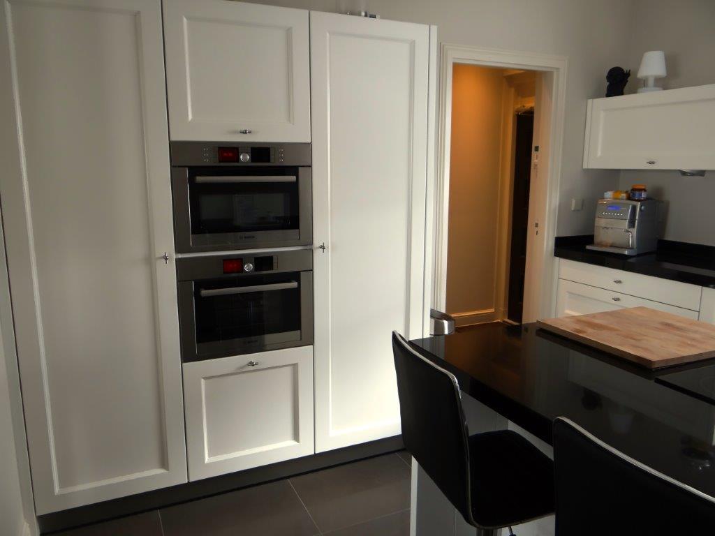 Handgemaakte moderne keuken in oude boerderij interieurs de