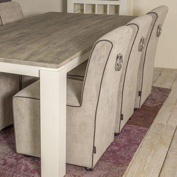 Urban sofa interieurs de meubelberg for Eetkamerfauteuil op wieltjes